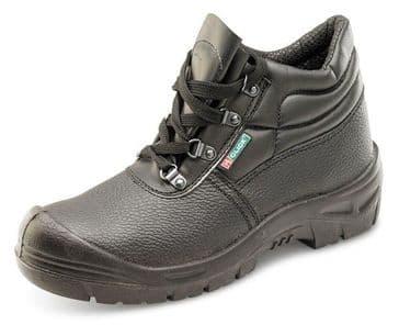 Black Scuff Cap Chukka Boot